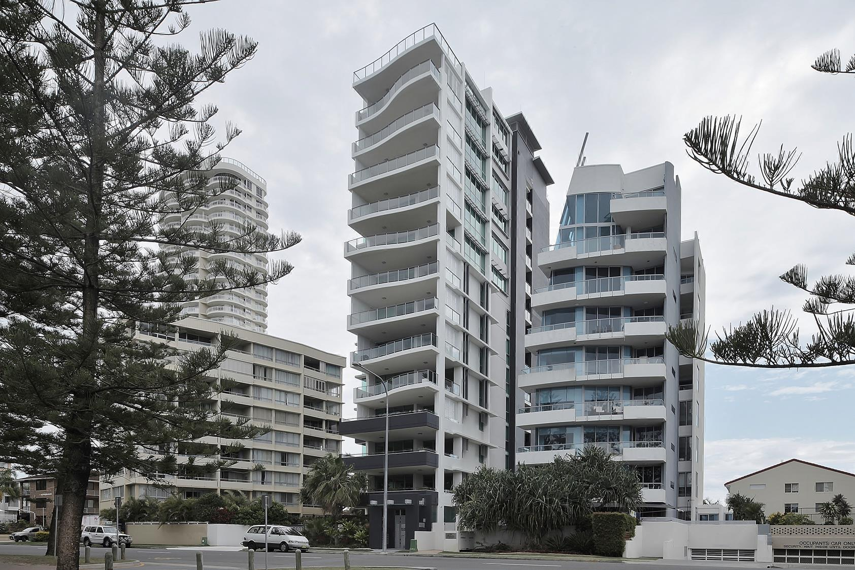 Gold-Coast-Element-Apts-Burleigh-3