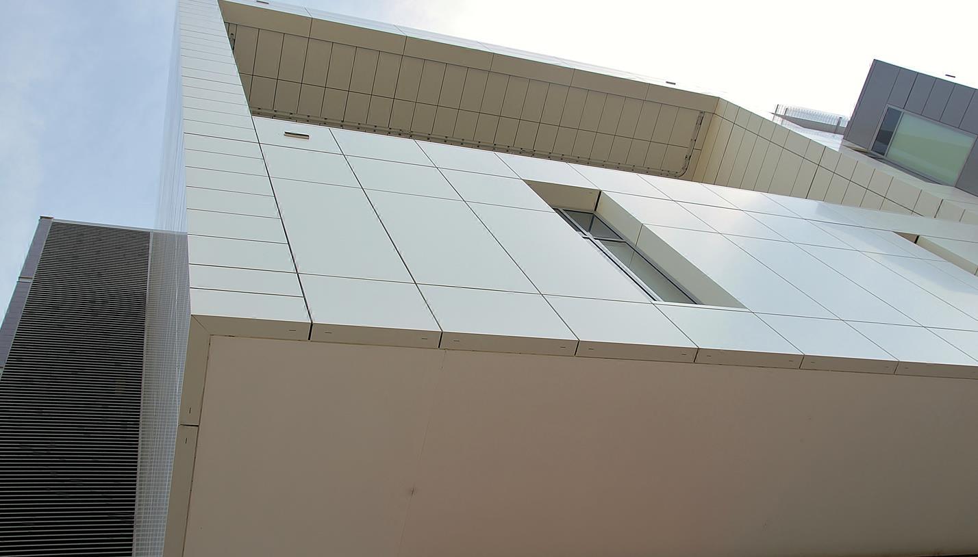 Liverpool-Hospital-Facade-4