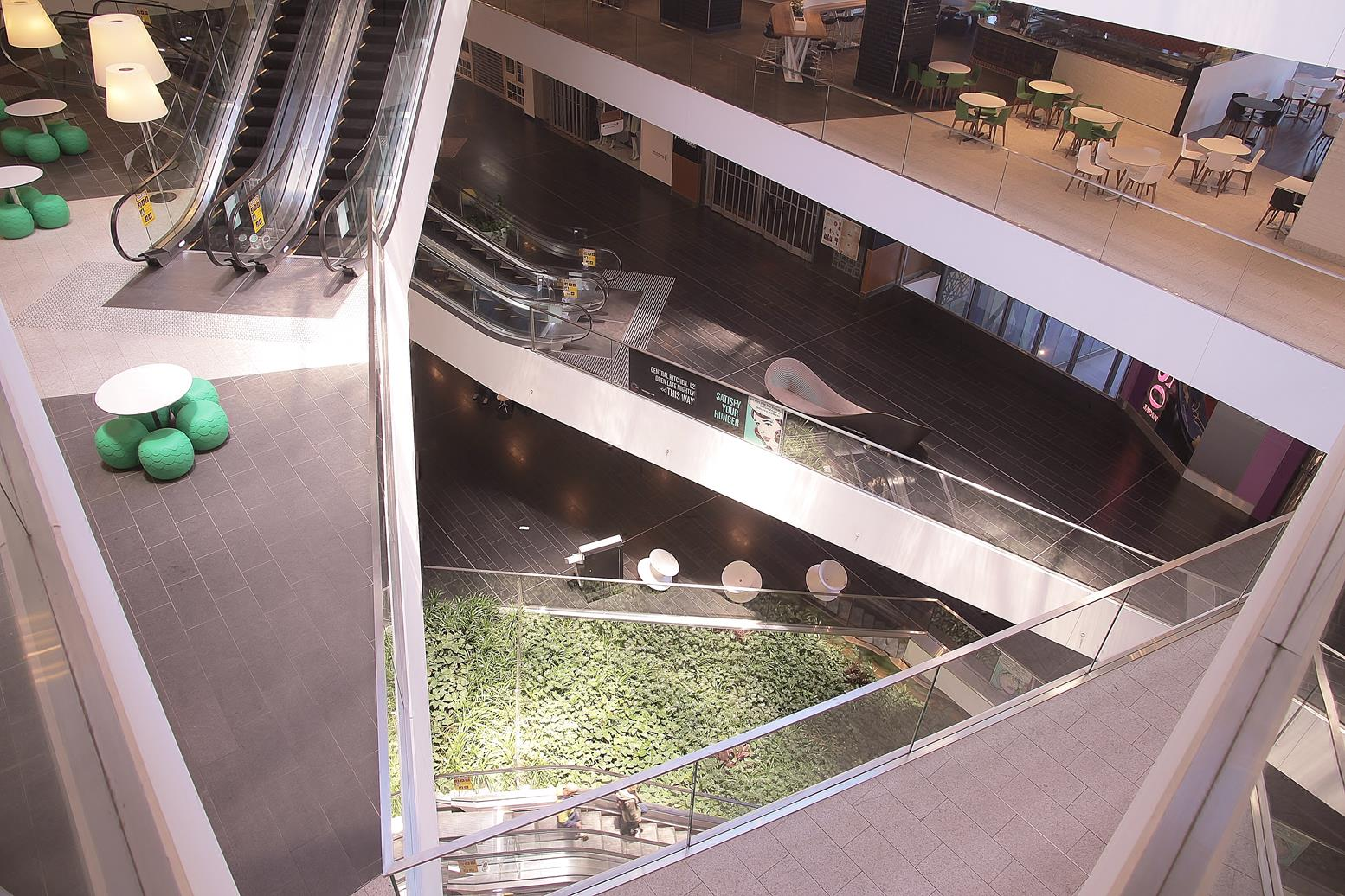 One-Central-Park-retail-1